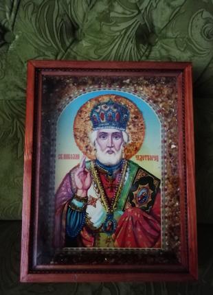 Иконы: Николай Чудотворец, Почаевская Божья Матерь, Казанская.