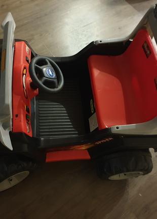 Детский электромобиль,производитель Tilly,черный двухместный джип