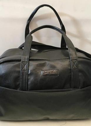 Качественная сумка в дорогу, в спортзал, экокожа. с длинным ре...