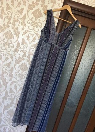 Шыкарное шифоновое платье длины макси