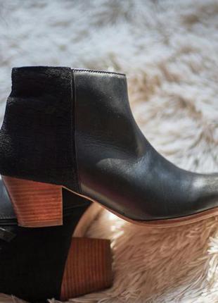 Ботинки на весну казаки monsoon черные кожаные сапожки ботильо...