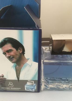 Мужская туалетная вода.
