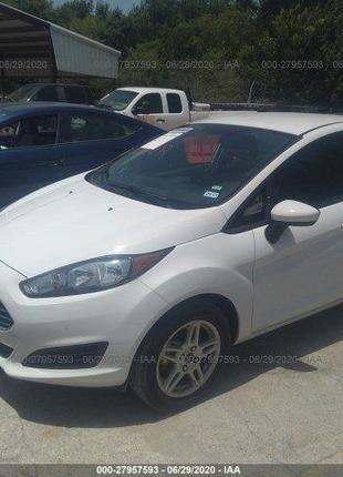 2019 Ford Fiesta SE(авто из США)