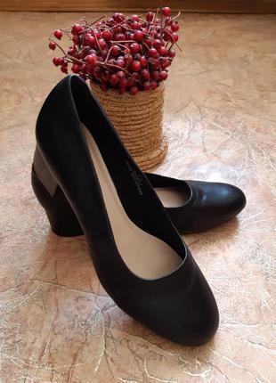 Стильные кожаные туфли marks & spencer insolia