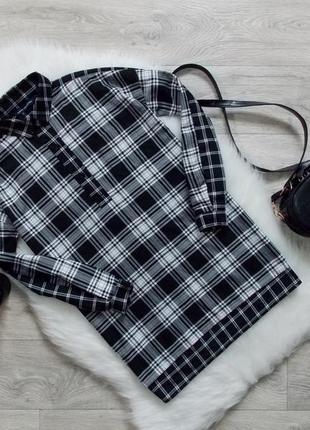 Удлиненная рубашка в клетку с разрезами по бокам