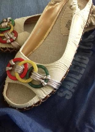 НОВЫЕ Балетки босоножки сандали.  Monte Carlo. 36 р.