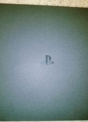 Продам PS4 1TB