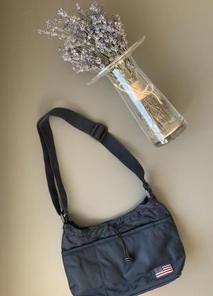 Маленькая спортивная текстильная сумочка