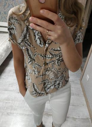 Шикарная новая блуза рубашка в тропический принт