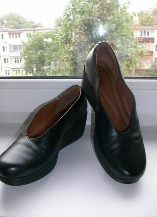 Туфли женские натуральная кожа clarks р.37