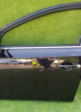 Дверь передняя левая и правая на Renault Latitude