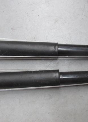 Оригинальные задние амортизаторы на Ford Focus ST Mk3