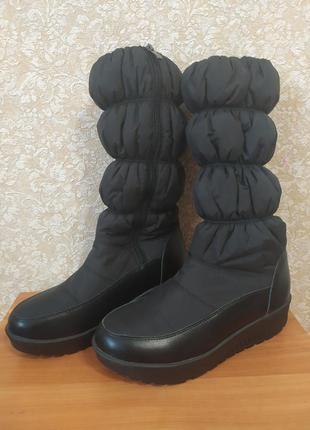 Сапоги черные 40 размер