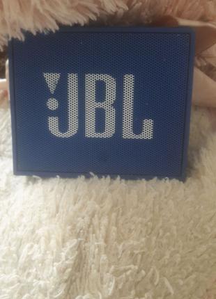 JBL Go колонка со шнуром.Срочно продою!!!!!!