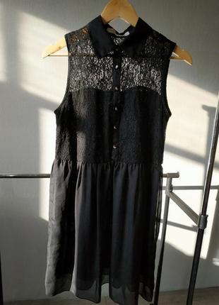 Платье с кружевом гипюром черное