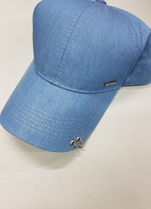 Женская джинсовая кепка