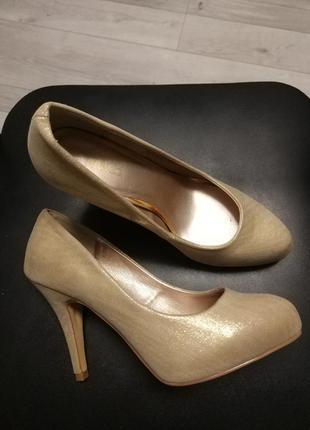 Золоті туфельки. акція!!!! 1+1= 3️⃣ 🎁🎉