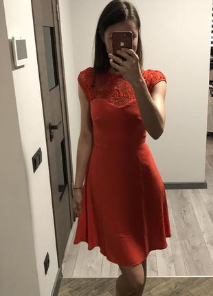Шикарне плаття від warehouse. акція!!!! 1+1= 3️⃣ 🎁🎉