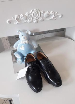 Туфли для мальчика 29-30 размера