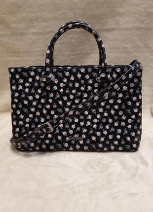 Новая качественная чёрная сумка среднего размера принт цветы c...