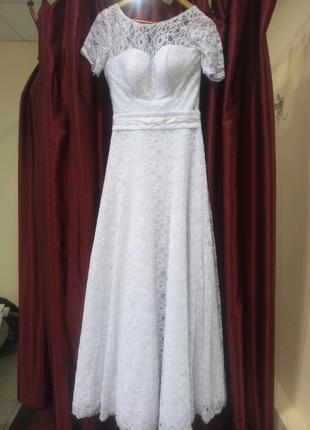 Свадебное/вечернее платье 44 размер