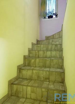 3-х комнатная квартира на Французском бульваре в два уровня