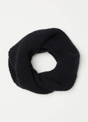 Новый фирменный большой вязаный шарф - труба снуд хомут из мяг...