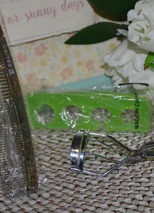 Фирменный набор красотки щипцы для завивки ресниц распорка для...