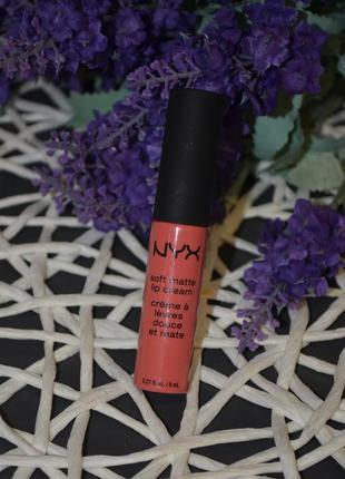 Жидкая помада для губ nyx professional makeup soft matte lip c...