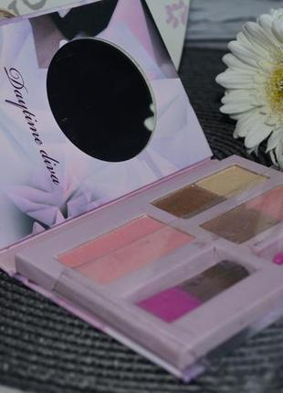 Фирменный набор косметики палетка для макияжа ted baker day ti...