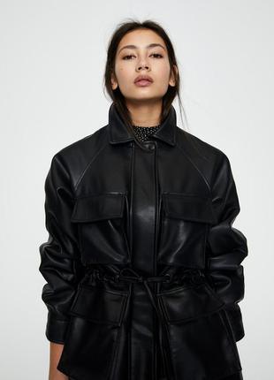 Крутая куртка от pull & bear