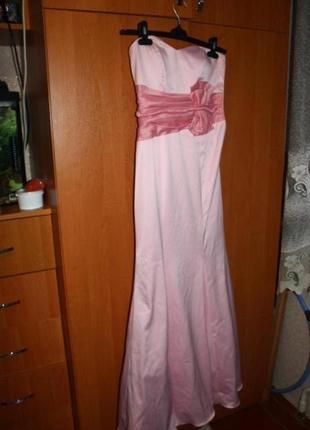 Красивое платье на выпускной или фотосессию