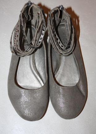 Нарядные туфли -балетки ф.next р-32/33 в отличном состоянии