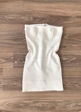 сексуальное мини платье белое обтягивающие открытые плечи