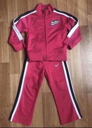 Яркий фирменный спортивный костюм nike(оригинал) на 2 года