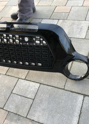 Решетка накладка переднего бампера на Kia Soul AM Lift