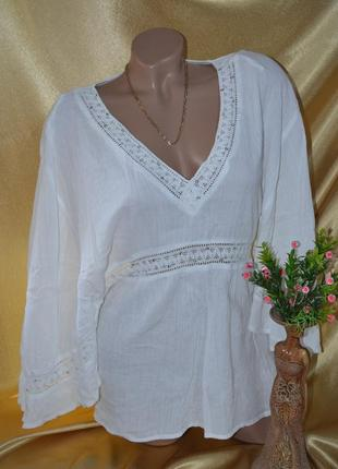 Шикарная,стильная белая блуза с v образным вырезом