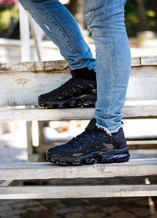Кросівки nike air vapormax plus triple black кроссовки