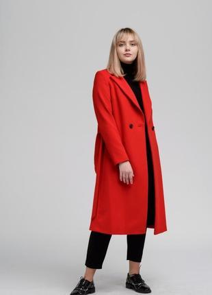 Женское осеннее пальто season красного цвета
