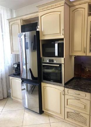 Продам трехкомнатную квартиру с хорошим дорогим ремонтом