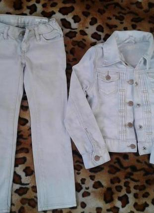 Gap шикарный светло-голубой джинсовый костюм девочке 4-6лет