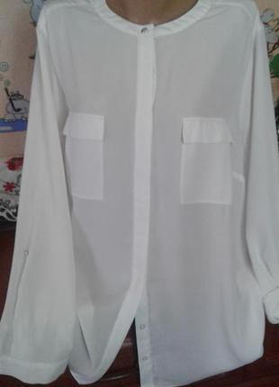 Tu базовая шифоновая белая блуза-рубашка с подкатом рукава 18/52