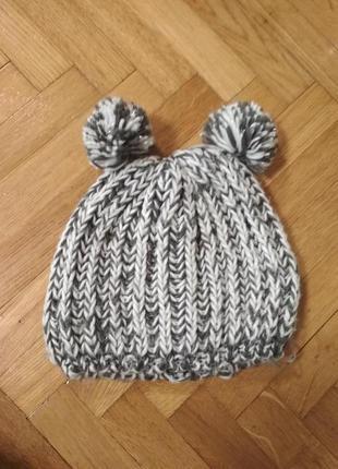 Классная шапка от house