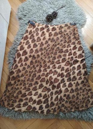 Винтажная юбка от moschino с кожаным ремешком