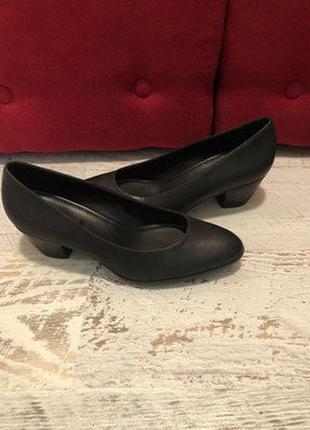 Классические туфли - лодочки из натурального нубука , размер 39