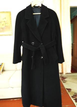 Классическое, элегантное кашемировое пальто размер 54