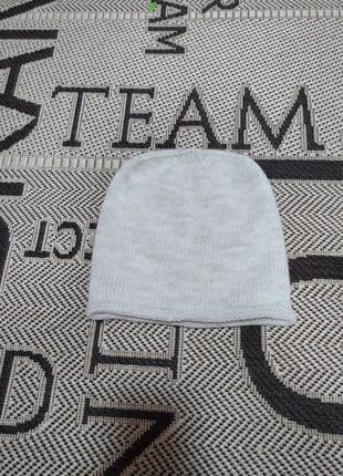 Отличная шапка тонкой ручной вязки бини шерсть
