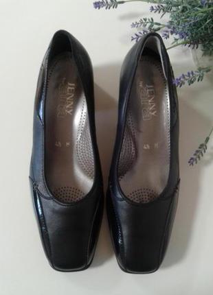 Отличные новые удобные туфли от jenny by ara, p.4,5 h ( прибл.37)