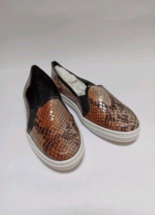 Мокасини.Брендове взуття Stock