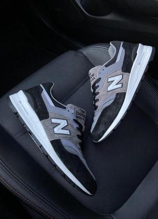 New balance 997 black gray.